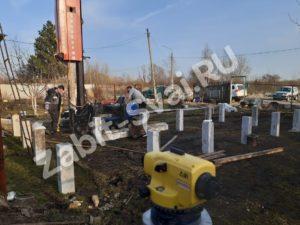 свай ЛД 15 300x225 - Забивка свай Ликино-Дулево