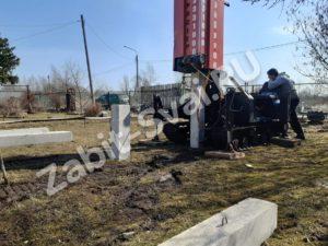 свай ЛД 17 300x225 - Забивка свай Ликино-Дулево