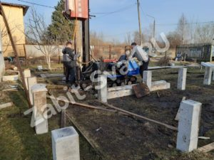 свай ЛД 18 300x225 - Забивка свай Ликино-Дулево