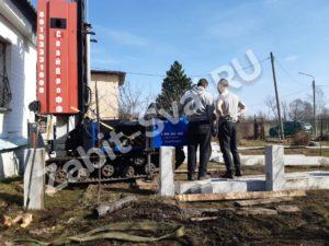 свай ЛД 19 300x225 - Забивка свай Ликино-Дулево