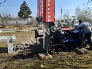 свай ЛД 30 300x225 - Забивка свай Ликино-Дулево