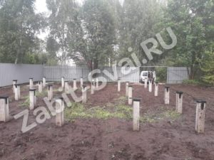 свай на даче Красное Софряково 14 300x225 - Забивка свай на даче в д. Софряково