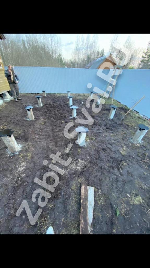 свай под баню в Дрезне 2 575x1024 - Забивка свай под баню
